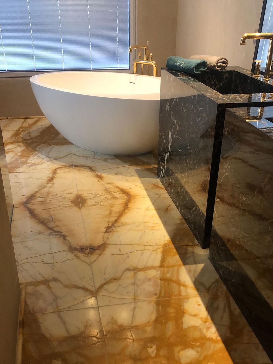 Private Residence (bath) 3